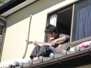 屋根の上の長男♪
